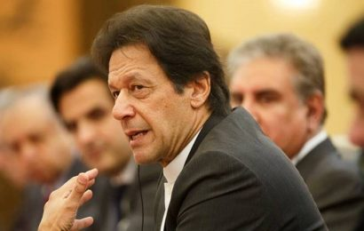 Pakistan would not hold talks with India until New Delhi reverses its decision on Kashmir: Imran