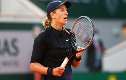 Azarenka lashes out at French Open over favouring men