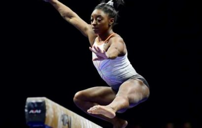 Biles in control once again at US Gymnastics C'ship
