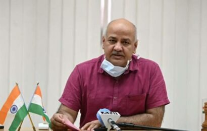 Give weightage to Class 10, 11 scores in Class 12 results: Manish Sisodia to Education Minister