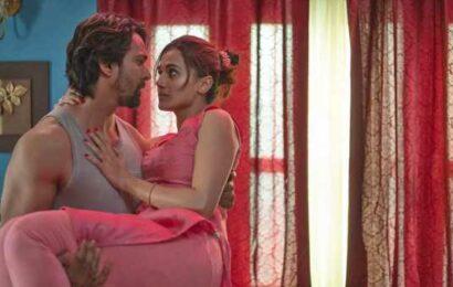 Love, Sex aur Dhokha, Bollywood style