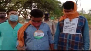 Madhya Pradesh cops dish out 'I'm patriot' badges for vaccinated persons