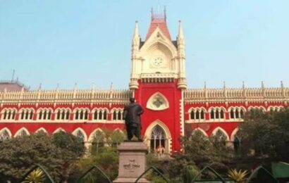 Narada Sting Case: If arrests are illegal, should 'mobocracy' be justified, asks Calcutta HC