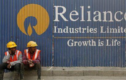 RIL shares maintain winning run for seventh day; Market cap crosses Rs 14 lakh crore mark