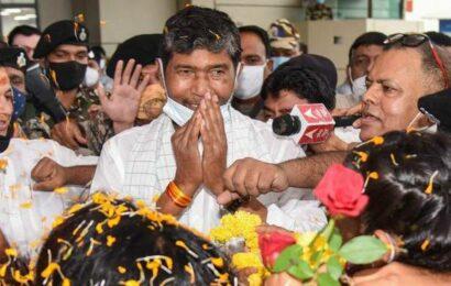 Rebel leader Paras hints at election for new LJP president on Thursday