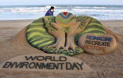 UNEP praises Sudarsan Pattnaik's sand art on World Environment Day