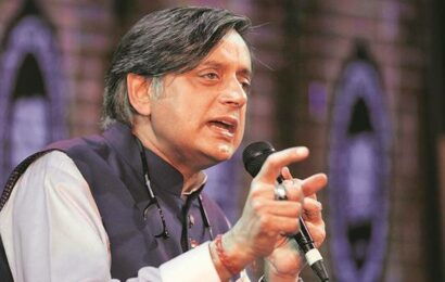 'Some elements' reducing parliamentary panel on IT it to 'ping pong match': Shashi Tharoor