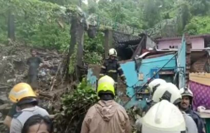 15 dead in rain-related incidents in Mumbai