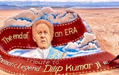 'The end of an era': Sand artist Sudarsan Pattnaik's tribute to Dilip Kumar