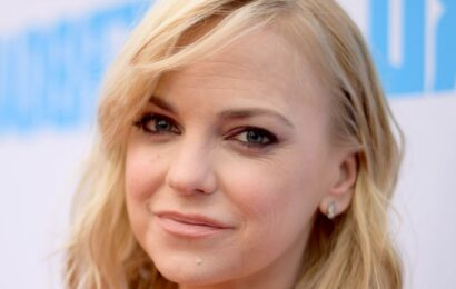 Everything We Know About Anna Faris' Third Marriage