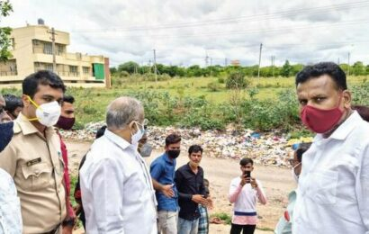 G.T. Deve Gowda brings hope to residents of Bharath Nagar
