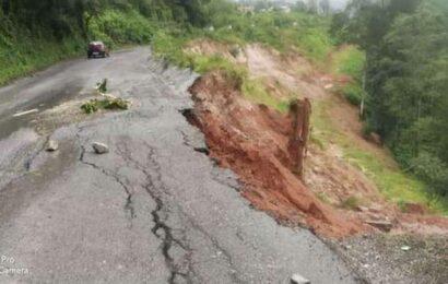 Landslides hit traffic movement on Bengaluru-Mangaluru highway