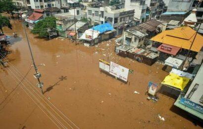 Maharashtra monsoon mayhem   Death toll rises to 164, 100 missing