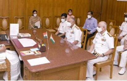 Navy, Coast Guard officers call on TN CM