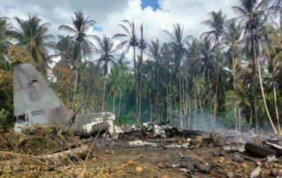 Philippines: Military plane crash kills at least 45