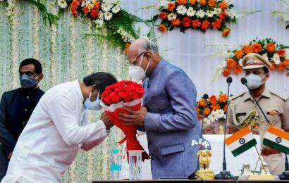 Ramesh Bais takes oath as Jharkhand Governor