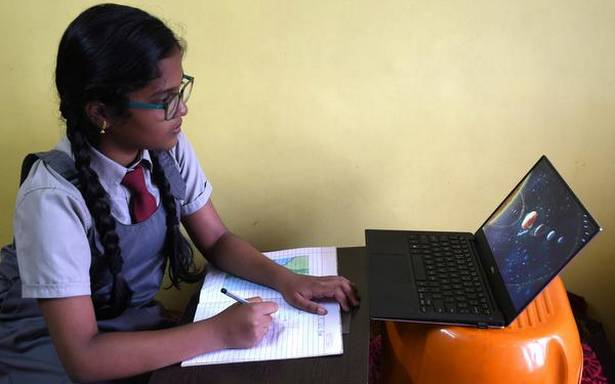 Schools reduce size of virtual classes to drive lessons home