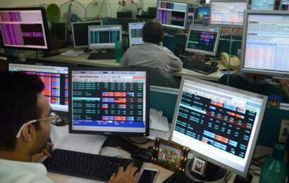 Sensex, Nifty start on choppy note amid weak global cues