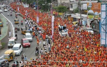 Talking to 'kanwar sanghs' to reach right decision: UP govt on annual yatra