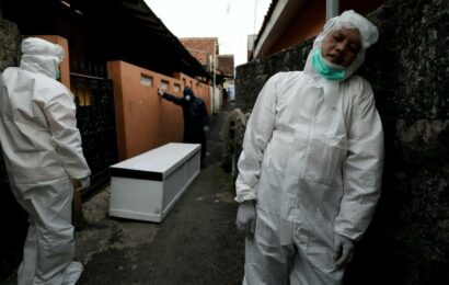 The pandemic has a new epicenter: Indonesia