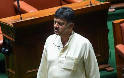 Third wave can be mild if most people are fully vaccinated before it hits: Shivakumar