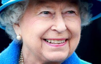 What Did Queen Elizabeth Just Tell Soap Opera Stars?