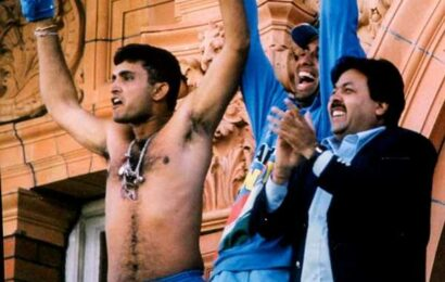 When Ganguly took off shirt at Lord's