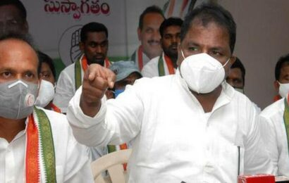 Why can't Jagan and KCR settle water dispute, asks Sailajanath