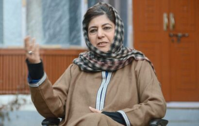 'Don't test our patience, even US had to flee Afghanistan': Mehbooba Mufti urges Centre to hold talks on J&K