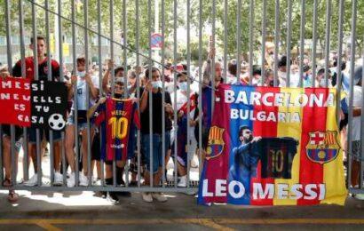 Barcelona's president says club's debt now at $1.6 billion