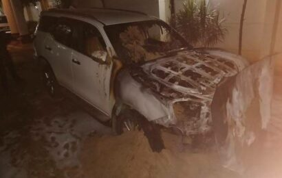 MLA's vehicles set on fire