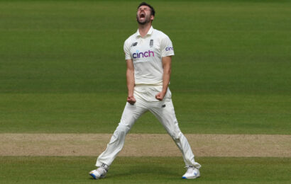 PHOTOS: England vs India, 2nd Test, Day 4