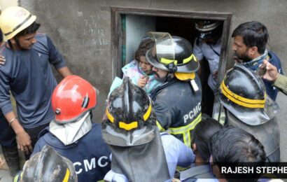 Phugewadi house collapse: 14-yr-old girl rescued after a three-hour operation