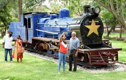 Railways lift ban on photo shoots in Mysuru rail museum