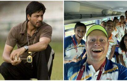 Shah Rukh Khan's 'ex coach Kabir Khan' has a message for real coach of Indian women's hockey team: 'Bring some gold'