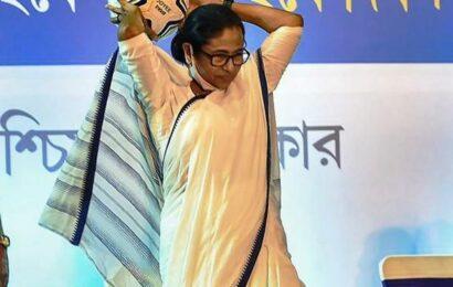 TMC, BJP spar over 'Khela Hobe Dibas' on August 16