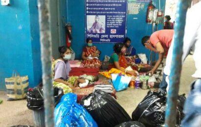 6 children dead, hundreds in hospital in Bengal
