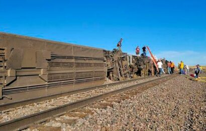 At least 3 killed in Amtrak derailment in north-central Montana