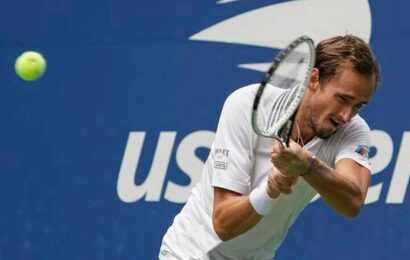 Medvedev continues U.S. Open sprint with third-round win