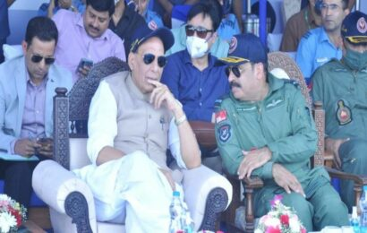 Rajnath, Gadkari inaugurate emergency landing field on NH925, 50km from Pak border