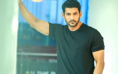 Sidharth Shukla death UPDATES: Vicky Kaushal says 'unable to process this', Rubina Dilaik 'numb' with shock
