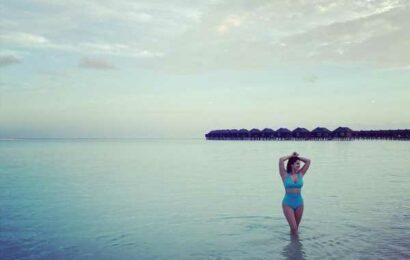Sunny Leone's Bikini Vacation
