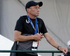 Track coach Alberto Salazar's 4-year doping ban upheld by CAS