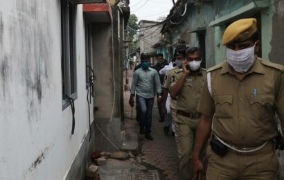 West Bengal govt appoints 10 IPS officers to assist SIT probe on post-poll violence