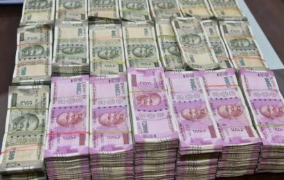 CBI recovers ₹1.12 cr cash during searches at Delhi Police sub-inspector's house