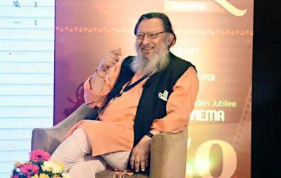 Former bureaucrat Shakti Sinha passes away