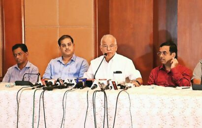 Goa ex-CM quits Congress, says will support 'Mamata Congress'