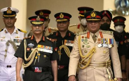 Indian Army chief Gen. Naravane meets Sri Lanka's top military leadership; discusses steps to boost defence ties