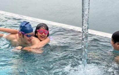 Mahesh Babu with kids Gautam and Sitara in Swimming pool