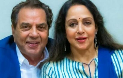 When Hema Malini called up Dharmendra, said 'you will have to marry me now'